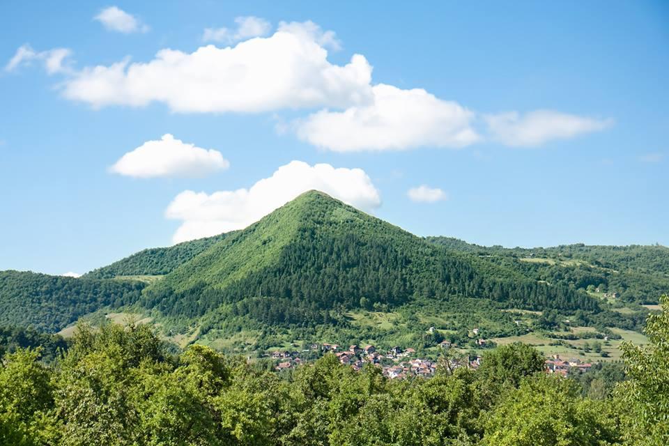 Portal Journey til De Bosniske Pyramider